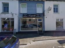 Inbrekers rijden met auto winkelpui pizzeria Geldermalsen in, politie zoekt getuigen