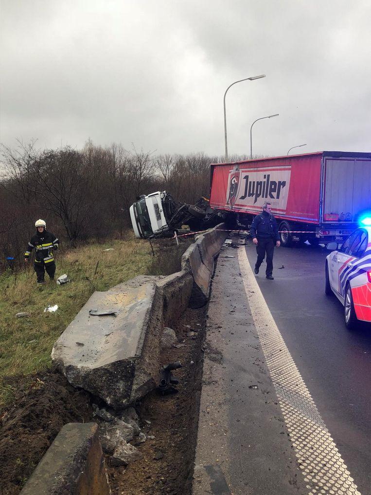 De chauffeur verloor de controle over het stuur.