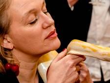 Docent weigert 'vunzig' boek Stella Bergsma