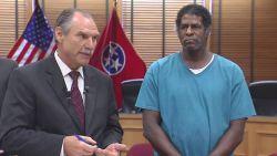 Man die 31 jaar lang onterecht in gevangenis zat, krijgt 1 miljoen dollar