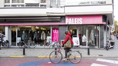 Kledingwinkel Paleis stopt: totale uitverkoop