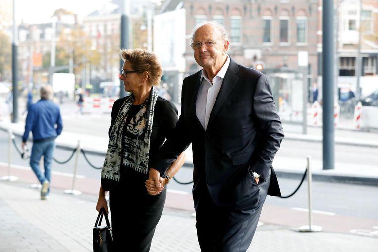Joop en Janine van den Ende arriveren bij het Concertgebouw. Beeld anp