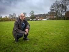 Buren in verzet tegen 16 woningen op grasveld Brummen: 'Dan is het gedaan met onze rust'