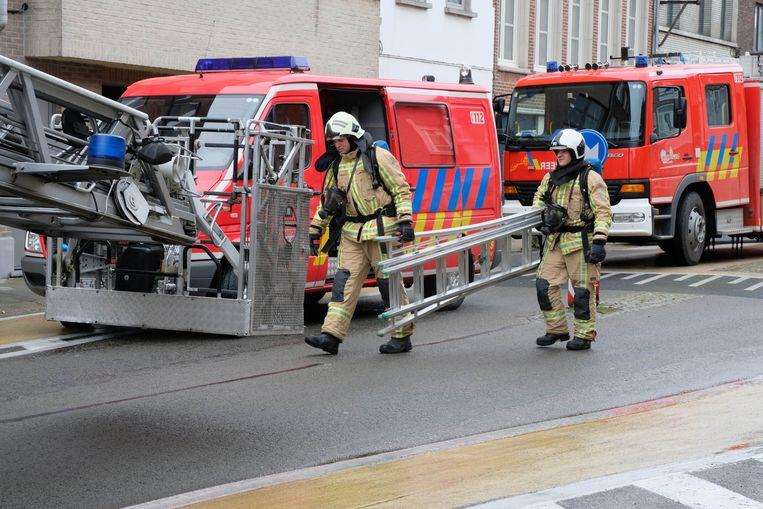 BERLAAR - Een schouwbrand zette de straat in een mum van tijd onder de rook.