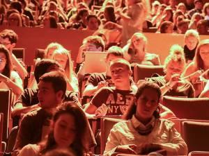 Les étudiants francophones disposent de 300 euros par mois en moyenne