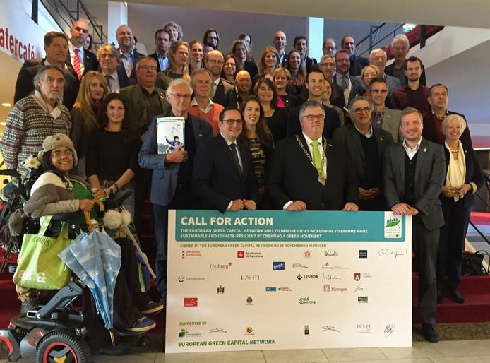 Burgemeester Bruls met vertegenwoordigers van de andere Europese steden die de Call for Action in november ondertekenden.