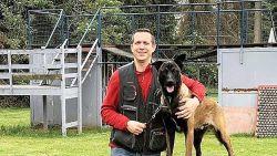 """Eenjarige Mechelse herder Vaiko vergiftigd in eigen tuin: """"Hij stierf een verschrikkelijke dood"""""""