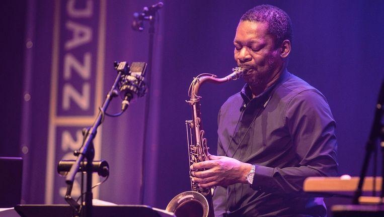 Ravi Coltrane op festival Mondriaan Jazz in Den Haag. Beeld Ben Houdijk