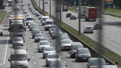 Drukte op Belgische wegen door vakantie-uittocht valt voorlopig mee