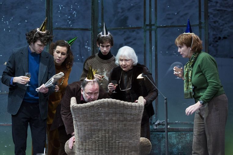 Beeld uit de voorstelling 'Een Sneeuw' van Willem Jan Otten door Het Toneel Speelt. Beeld null