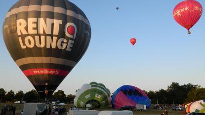 Strakke wind speelt Balloonmeeting parten
