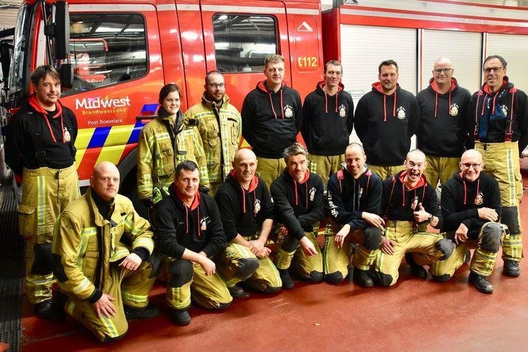 Vanuit de brandweerpost Roeselare vertrokken zondagmorgen vijftien mensen voor een dagje 'Fire For Life'.