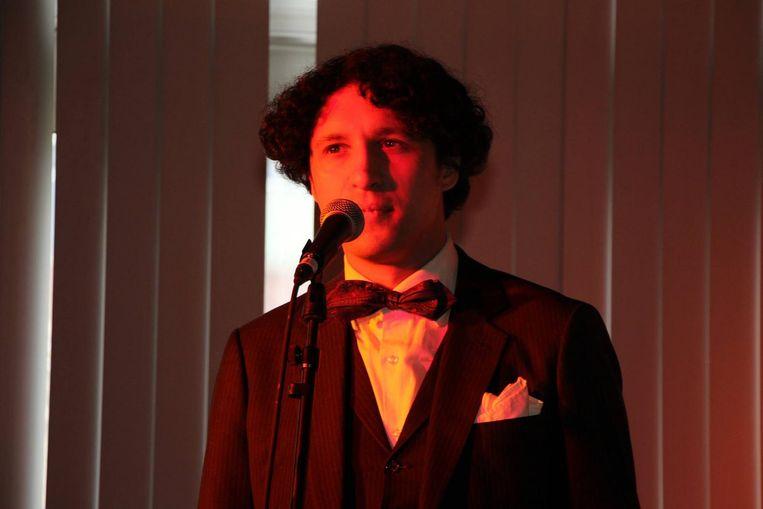 Dichter, voordrachtskunstenaar en boekwetenschapper Simon Mulder Beeld Simon Mulder