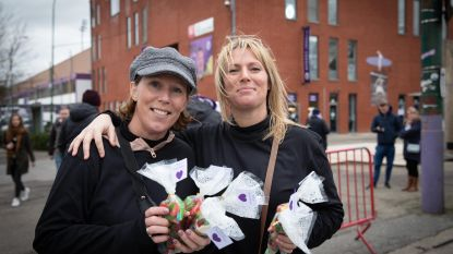Beerschot-Wilrijk: Supporters verkopen snoepjes voor hun Superdries