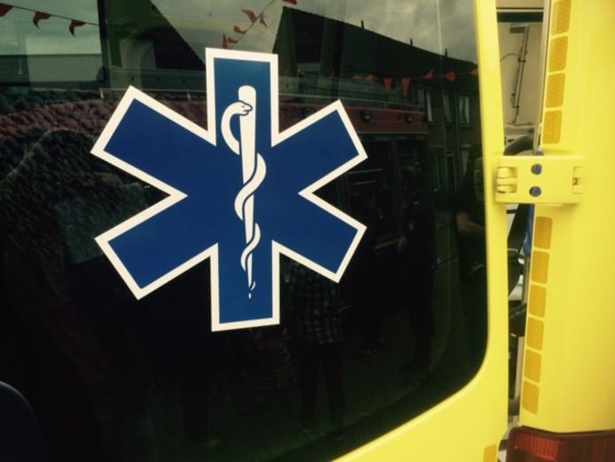 Twee gewonden bij aanrijding tussen twee fietsers in Leersum.