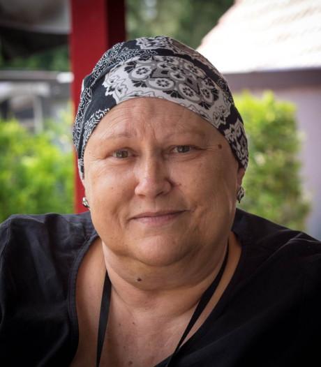 Dankbare Warnsvelder wil Hospice Zutphen bedanken met mooi bedrag