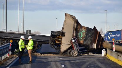 Rijksweg weer open na ongeval met funderingsmachine