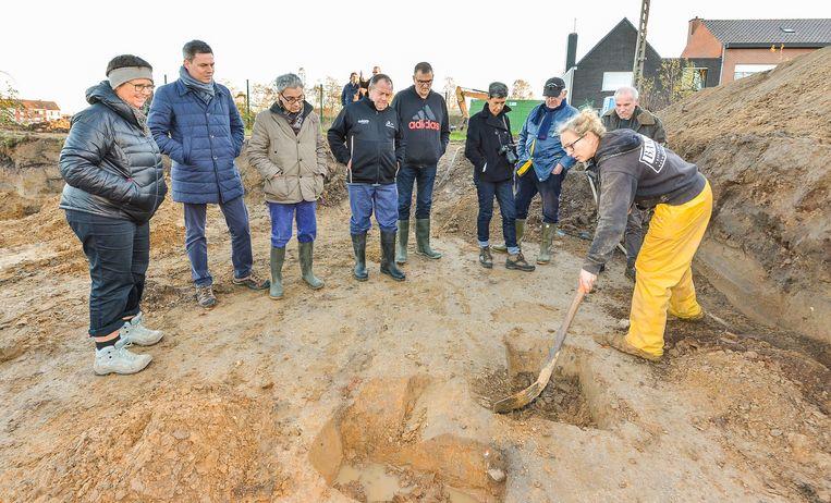 Op de site van de gewezen atletiekpiste in de Loskaaistraat werd enkele maanden geleden een archeologisch onderzoek gevoerd.