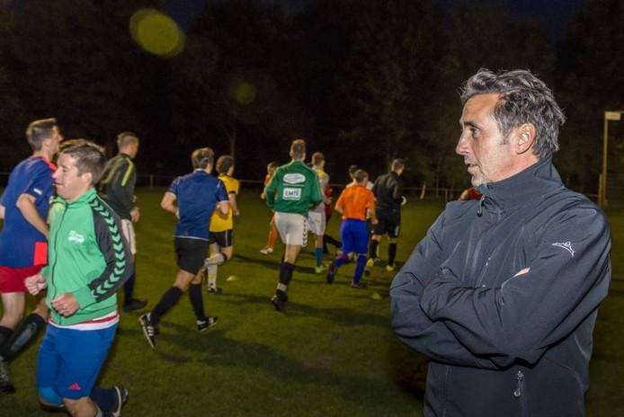 """Trainer Andy Wierikx van ODIO maakt zich ondanks de matige seizoenstart geen zorgen. """"We worden nooit weggespeeld en creëren wel kansen. Ons streven blijft de top-zes."""" foto Tonny Presser/Pix4Profs"""