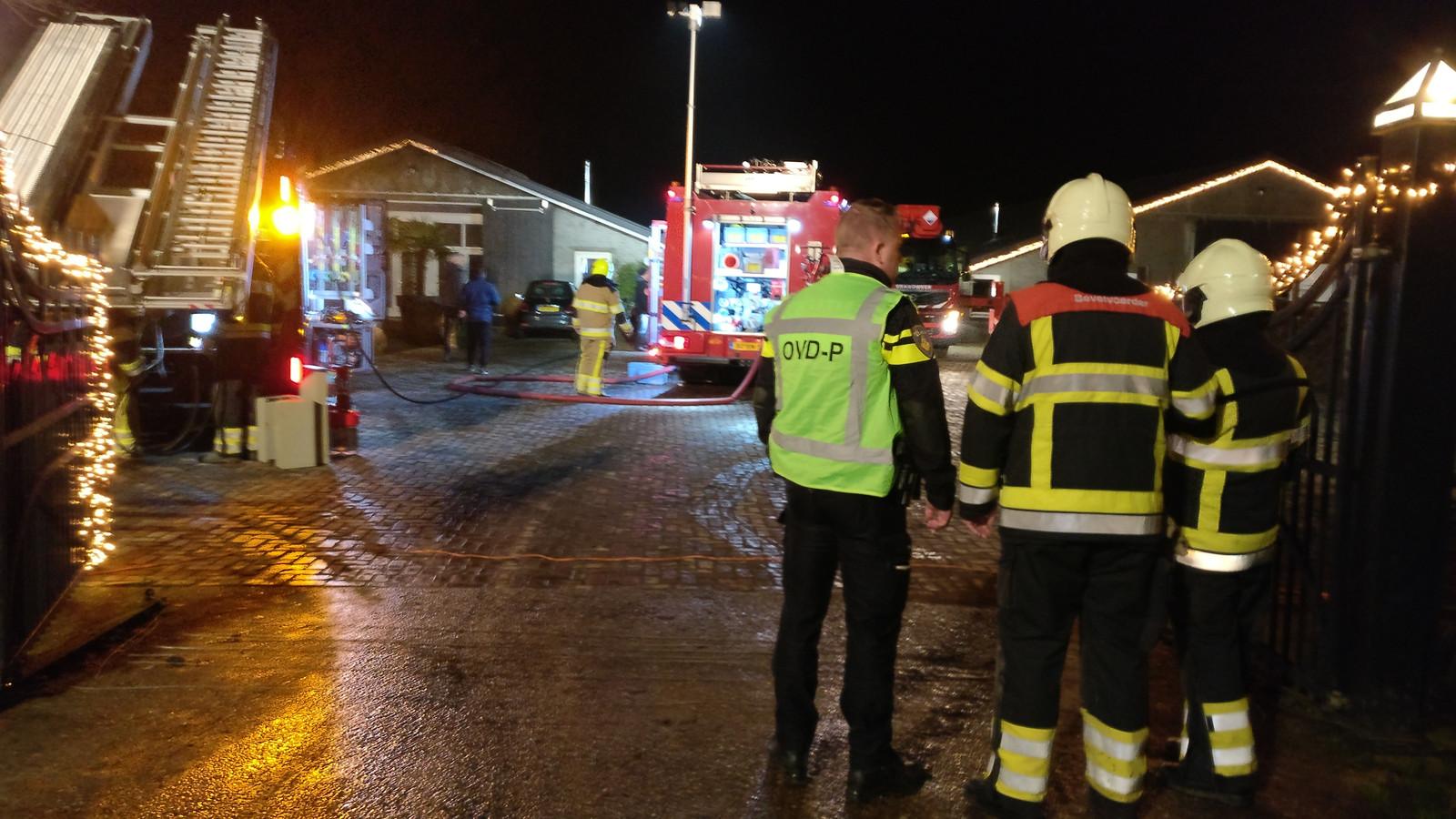 De brand zorgde voor veel rookschade bij het houtverwerkingsbedrijf in Afferden.