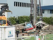 Bestuurder kraanwagen overlijdt nadat heipaal op cabine valt in Breukelen