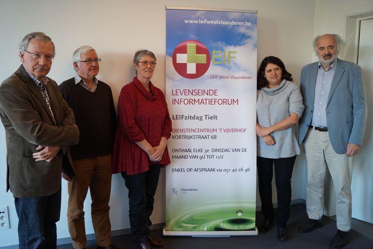 Het OCMW organiseert in samenwerking met LEIF (Levenseinde informatieforum) maandelijks een zitdag in dienstencentrum 't Vijverhof in Tielt