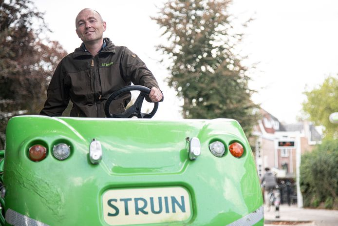 Directeur Matthijs de Gruijter met de fiets.