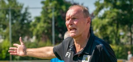 Fred Razing gaat 15e seizoen in als trainer: 'Mister HAVO? Schei uit, joh'