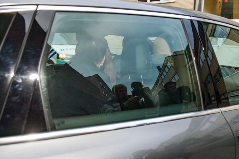 Veljkovic dinsdag bij het verlaten van de gevangenis in de auto van zijn advocaat Kris Luyckx.