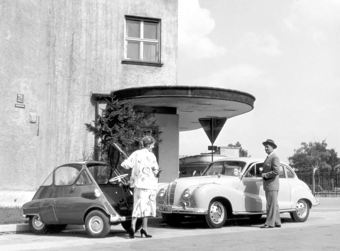 De Isetta vulde bij BMW het gat onder de grote gezinsauto's