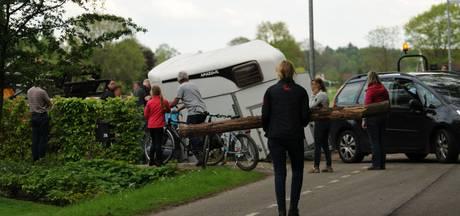 Pony's ongedeerd bij ongeval met paardentrailer in Winterswijk