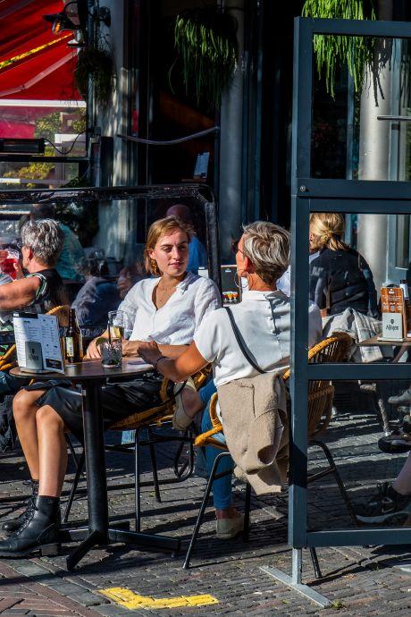 Nieuwe maatregelen zijn mokerslag voor Utrechtse cafés en sportclubs: 'Een dolksteek in de rug'