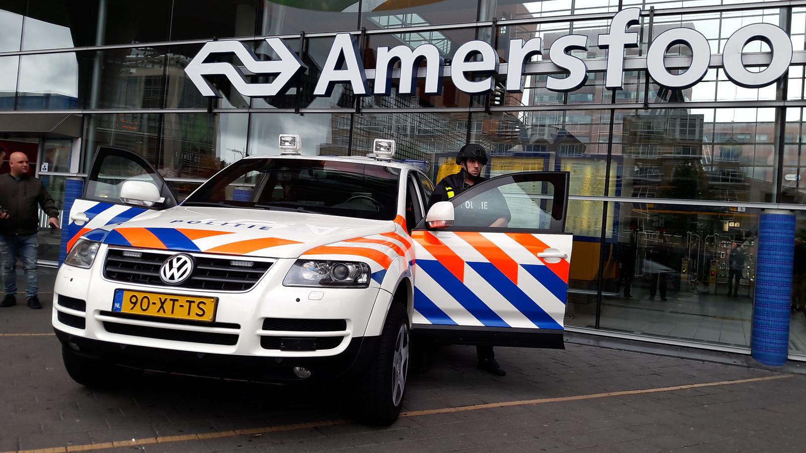 Een antiterreuroefening van de politie op station Amersfoort.