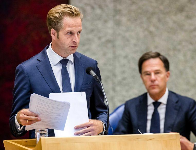 Hugo de Jonge, minister van Volksgezondheid, Welzijn en Sport, tijdens een plenair debat over de ontwikkelingen rondom het coronavirus. Beeld ANP