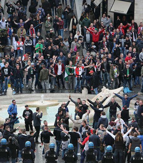 Fans Roma vallen Feyenoordsupporters aan