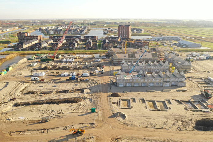 Westergouwe vanuit de lucht, met fase twee op de voorgrond. De foto is gemaakt op 20 januari.