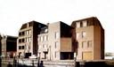 De vijf woningen kort voor de oplevering in 1971.
