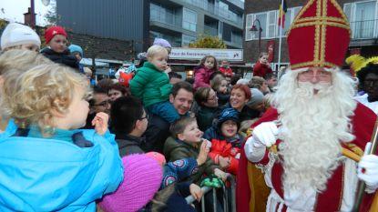 Intocht Sinterklaas verhuist naar plein aan gemeentehuis