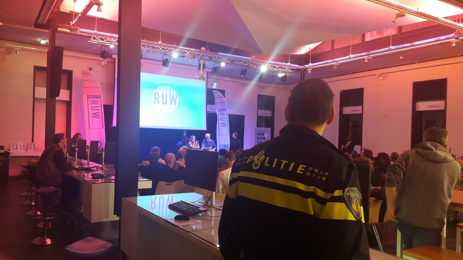 Ruw debat in de bibliotheek in Den Bosch