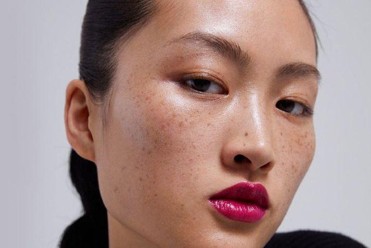 Jing Wen in de campagne van Zara.