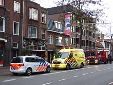 Pan vat vlam in woning Vestdijk in Eindhoven, brandweer schiet te hulp