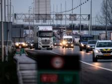 Actie tegen ellenlange files op A12: Wrak voortaan sneller weg na ongeluk