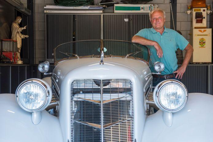 Bert-Jan Leermakers, eigenaar van de Zwaan in Son en Breugel, is fan van oldtimers.