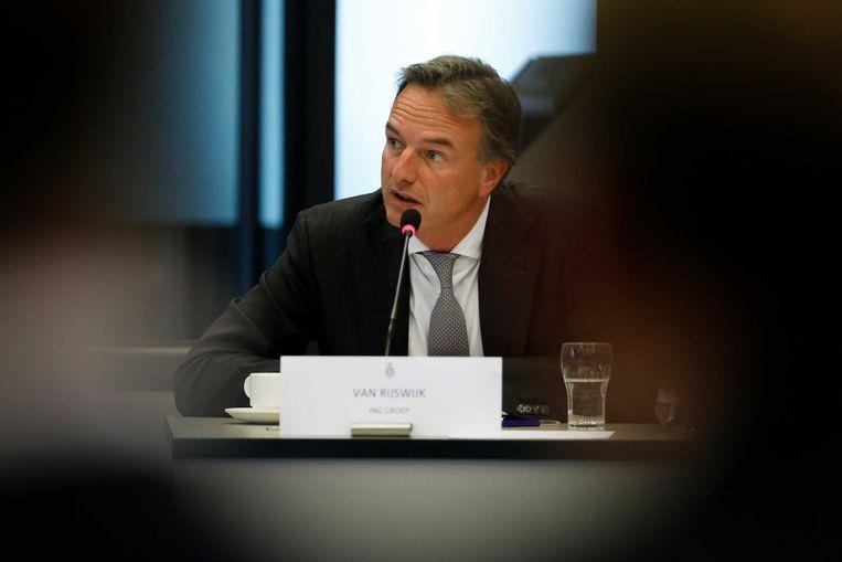Steven van Rijswijk, de nieuwe topman van ING, in 2018  tijdens de hoorzitting in de Tweede Kamer over de schikking van ING wegens het faciliteren van witwassen.  Beeld ANP
