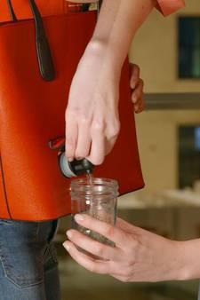 Nieuwe wijnhandtassen vliegen de deur uit