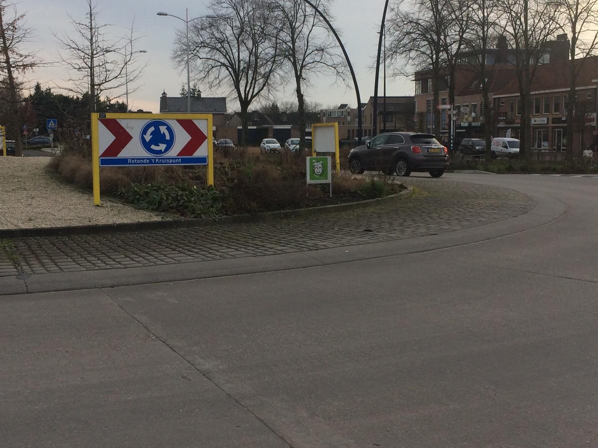 De gewraakte rotonde in Heesch.