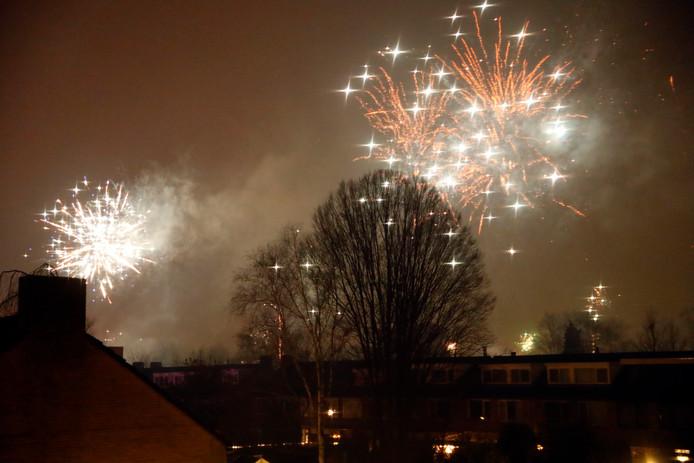 Vuurwek boven Eindhoven in de wijk Genderbeemd