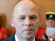 Burgemeester verrast ambtenaar Jan de Wit met koninklijke onderscheiding
