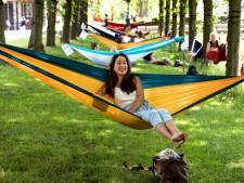 Hangmat ophangen deze zomer? Je hoeft geen toestemming te vragen aan de gemeente