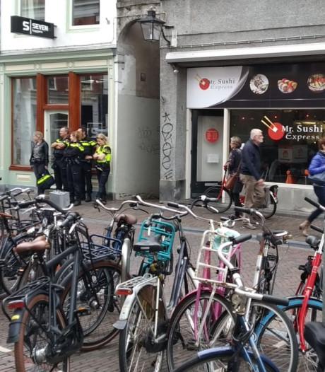 Politie: niets strafbaars aangetroffen bij inval in Utrechts restaurant